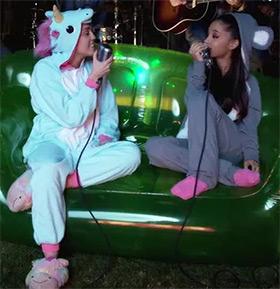 eenhoorn onesie unicorn onesie Miley Cyrus