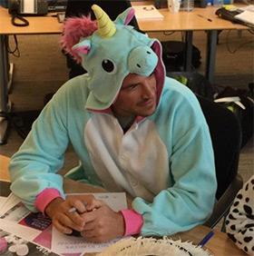eenhoorn onesie unicorn onesie Peter Andre