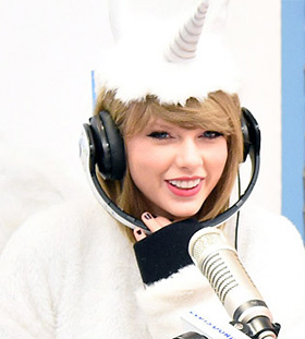 eenhoorn onesie unicorn onesie Taylor Swift